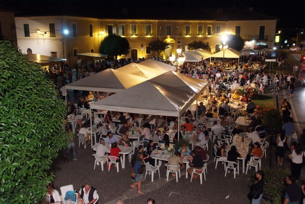 7 italiani su 10 nelle sagre must estate 2015