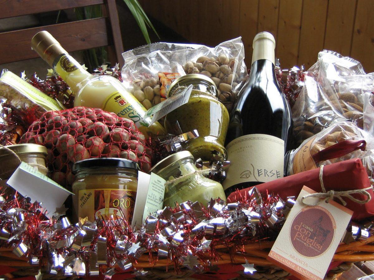 A Natale oltre quattro miliardi di euro di regali si mangiano