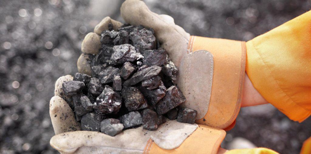 Accordo politico UE per frenare lo scambio di minerali