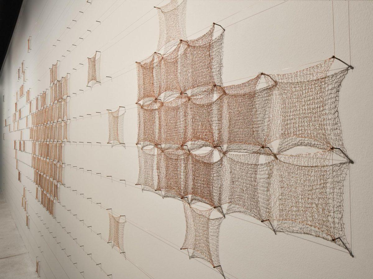 "Al via ""Geometrie sconnesse palpiti geometrici"": la nuova mostra su Marisa Merz"