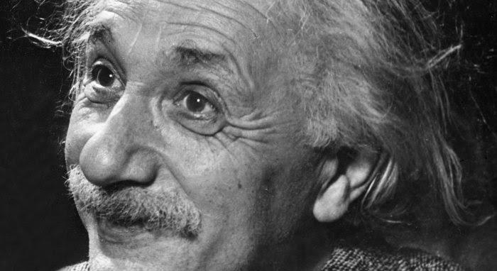 Albert Einstein pacifista