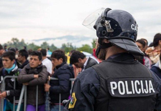 Amnesty: centinaia di rifugiati al confine Croazia-Slovenia abbandonati in condizioni terribili