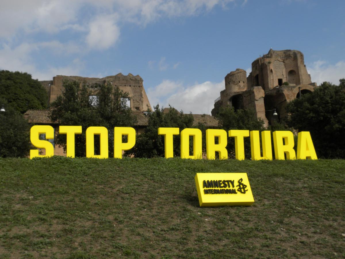 Amnesty denuncia la commercializzazione della tortura
