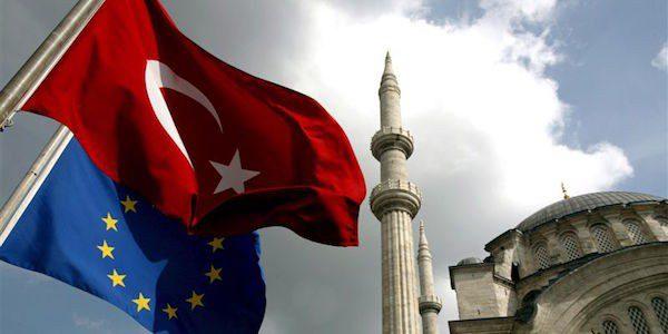 Amnesty: sospendere l'accordo UE-Turchia