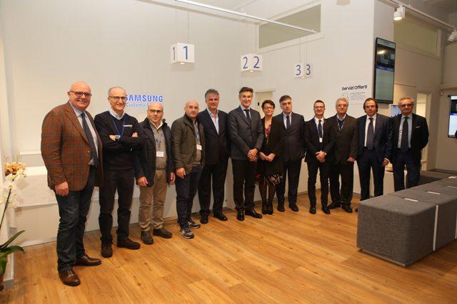 Apre a Napoli il Samsung Customer Service