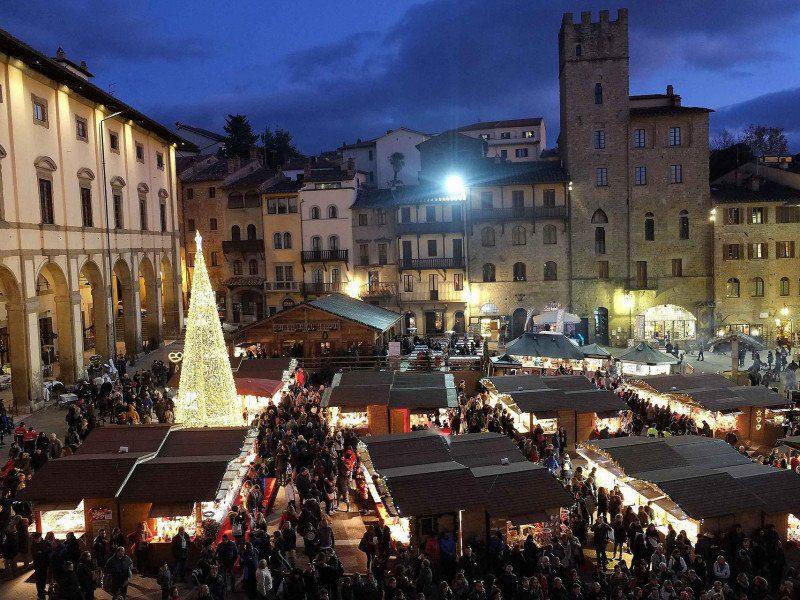 Arezzo Città del Natale 2019  lancia un contest per artisti di strada