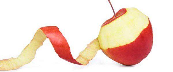 Benessere: la buccia della mela un portento per la salute