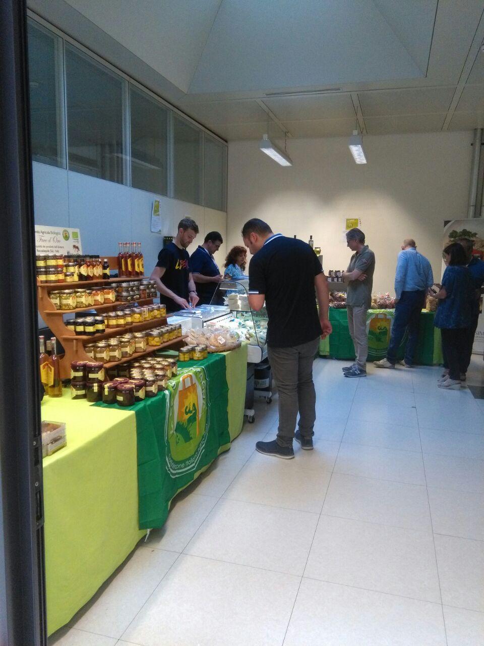 Campania protagonista in Veneto con la mozzarella 'anti-camorra'