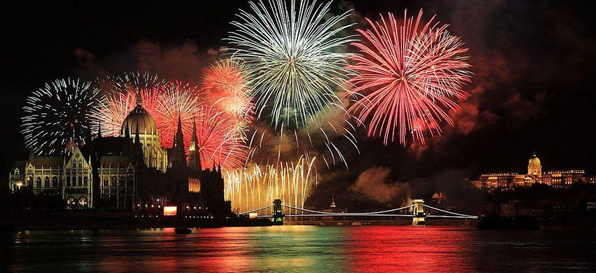 Capodanno nel mondo: come gli stati esteri festeggiano l'arrivo del 2020