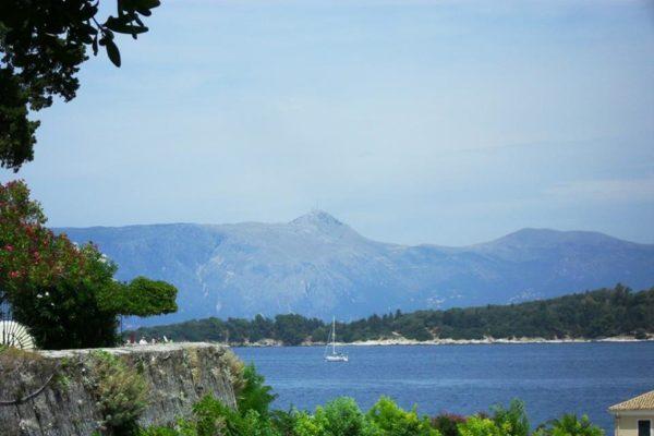 Cara Grecia