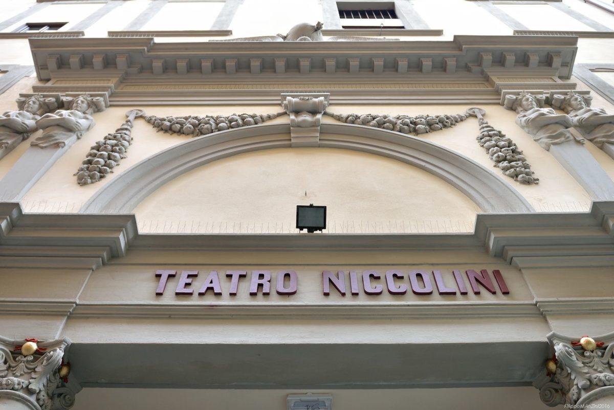 Caracciolo - dramma in commedia