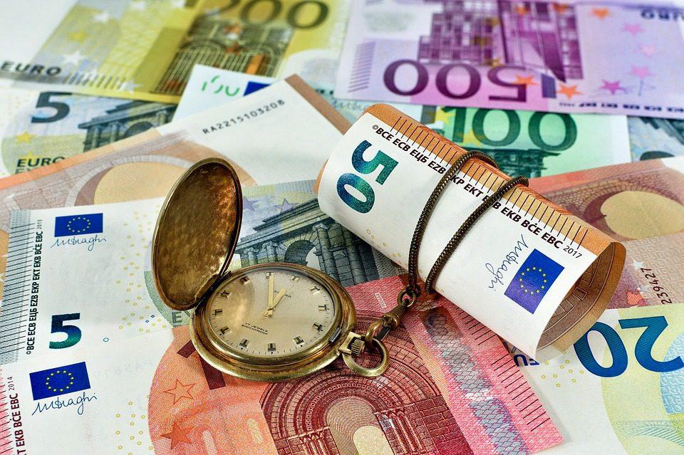 Controlli sul denaro contante in entrata e in uscita dall'UE