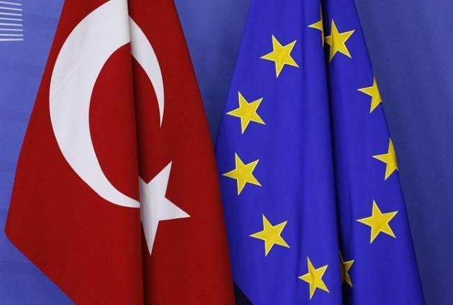Dall'UE arrivano aiuti alla Turchia