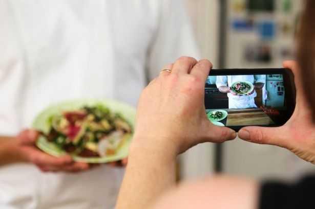 Digital food delivery: fenomeno in crescita anche a Napoli