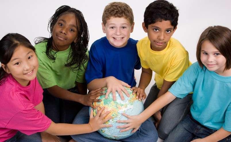 Diritti dei minori  negati tra povertà e carenze