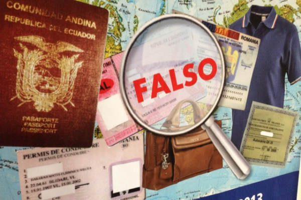 Documenti falsi