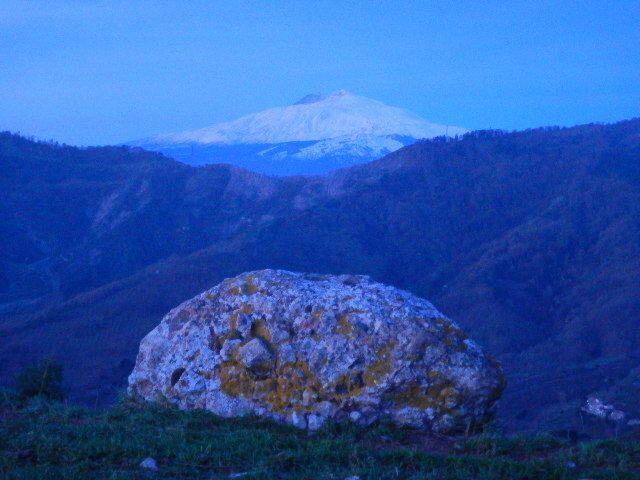 Emissioni di gas radon dalle faglie dell'Etna: pubblicata l'ultima ricerca