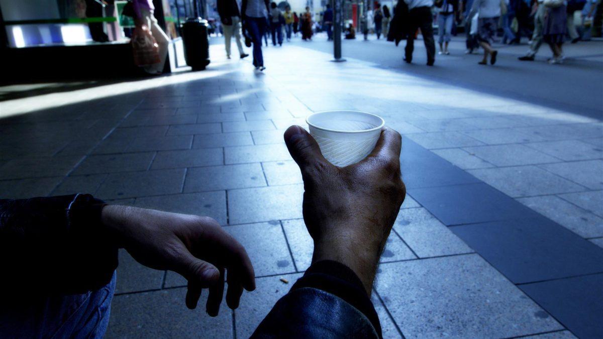 Eurostat: Italia povera tra i poveri