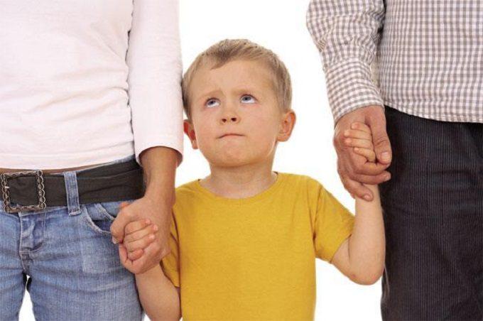 Figli più felici se genitori poco apprensivi