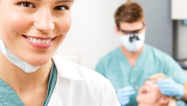 Fluoro o Profilassi dal tuo dentista?