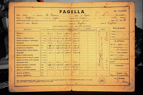 FRANCIA: ADDIO PAGELLE A SCUOLA