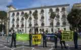 Greenpeace in azione contro le trivelle