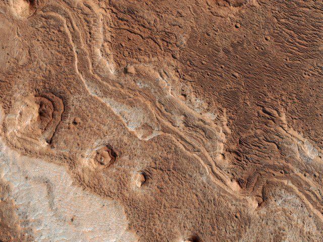 I segni del tempo sul volto di Marte