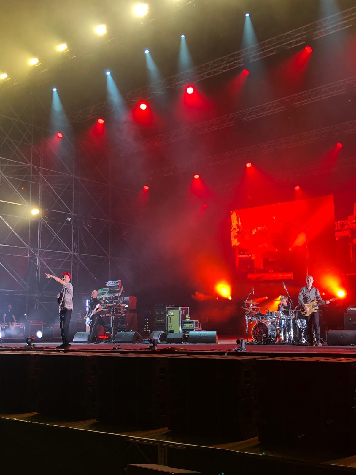I Subsonica con il loro sound stregano l'Arena Flegrea di Napoli