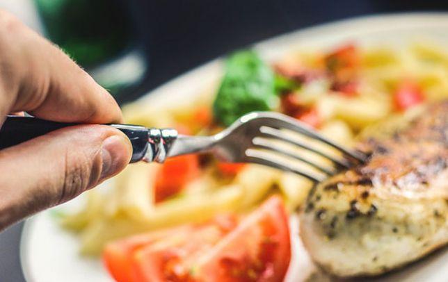 Il 42% ne mangia in eccesso