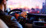 Il noleggio auto con conducente via internet