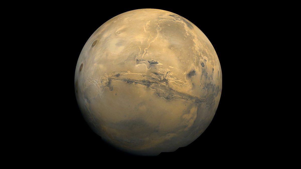 """Il vento solare """"soffia"""" su Plutone"""