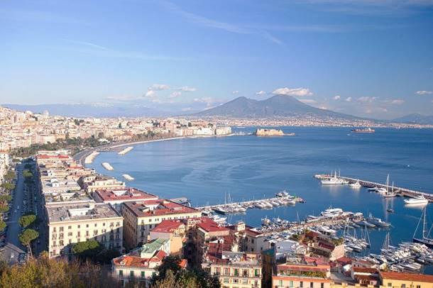 Immobiliare Napoli: prezzi e compravendite in aumento