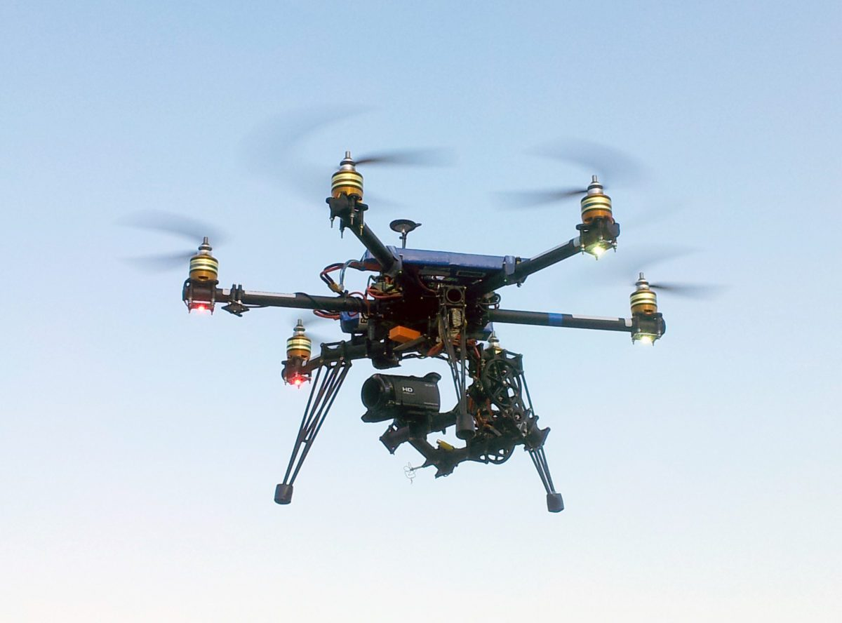 In Cina i droni contro i copioni