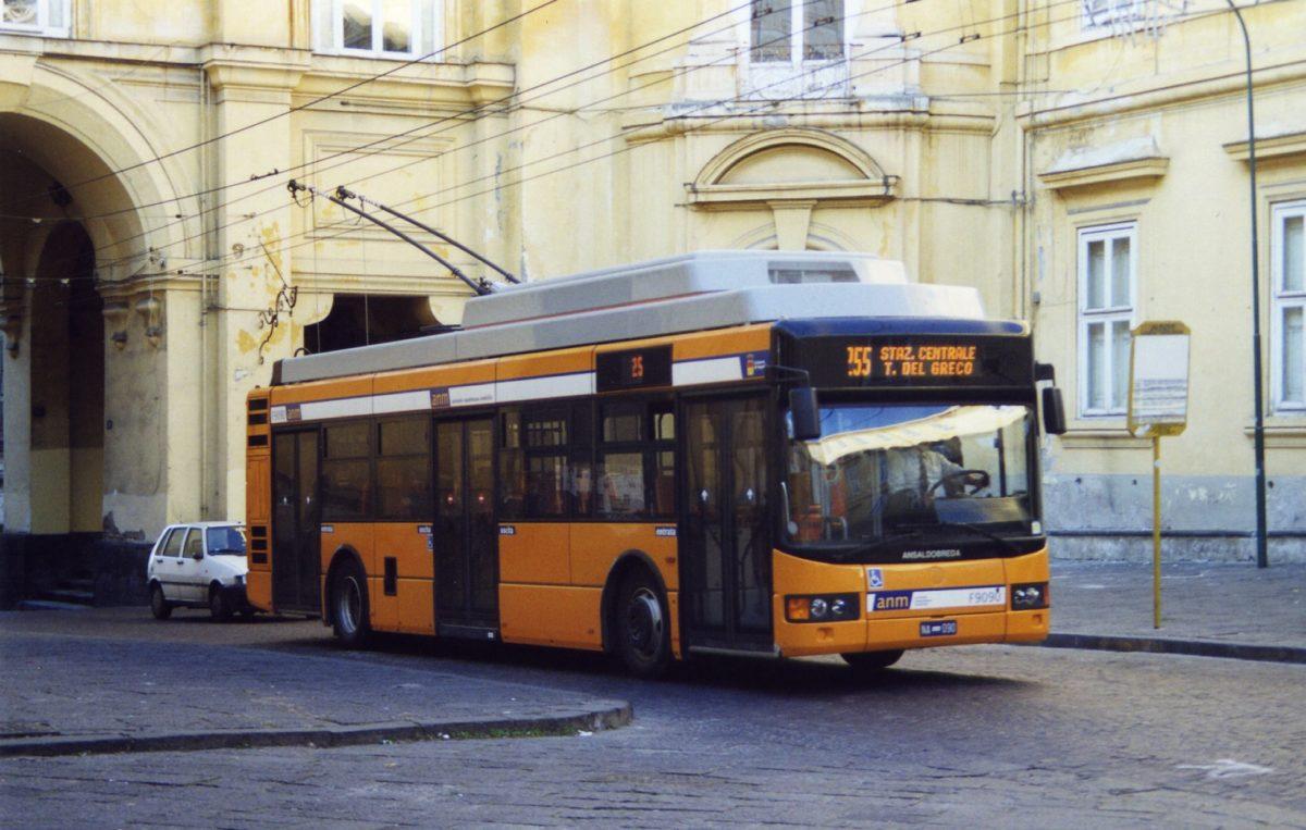 Indetta la gara per nuovi autobus nella città di Napoli