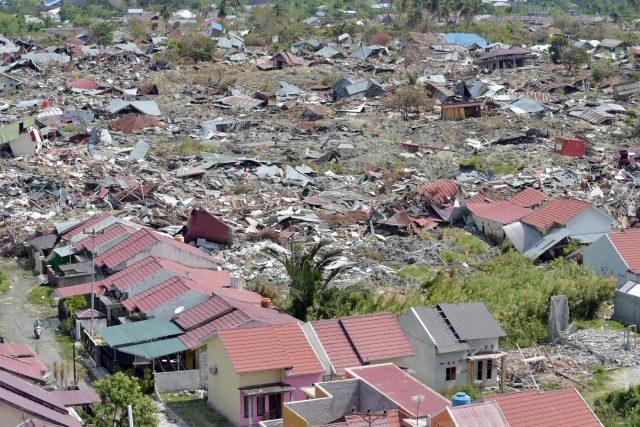 Indonesia: le tende-scuola dell'UNICEF