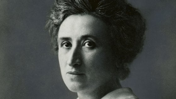 Interviste impossibili: oggi ci è venuto a trovare il fantasma di Rosa Luxemburg