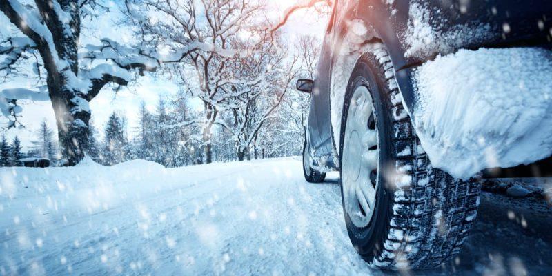 Kit auto invernale? 10 accessori che non devono mancare