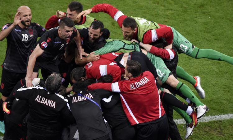 L'Albania spera mentre Svizzera e Francia volano