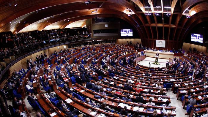 L'UE firma un accordo di esenzione dal visto con la Colombia