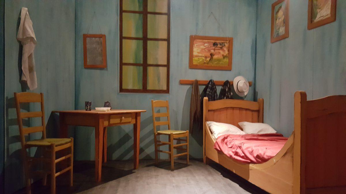 La magia di Van Gogh incanta Napoli