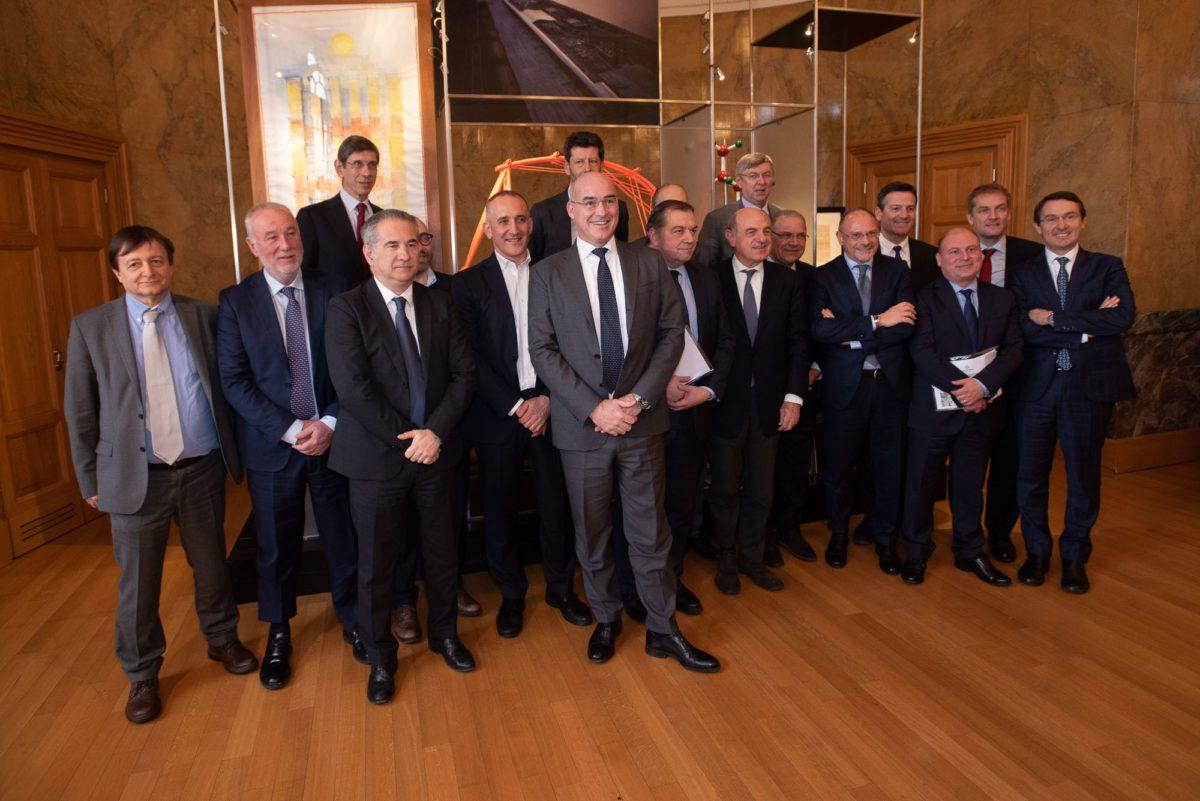 La prima autostrada elettrificata in Italia: il progetto pilota