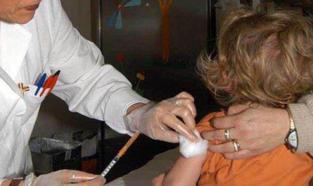 La stima dei bambini non vaccinati in Campania