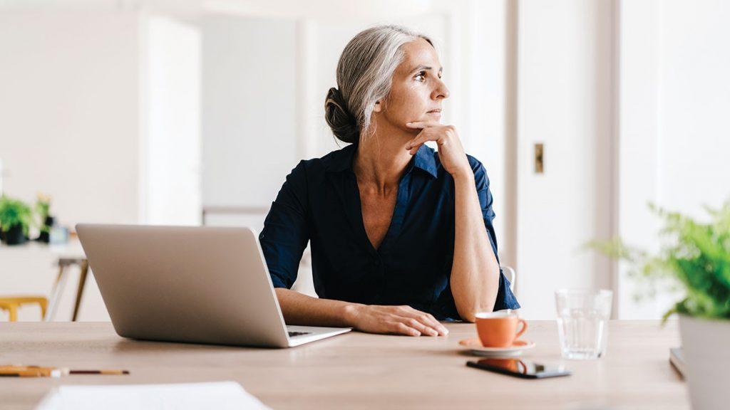 Lavoro: alle imprese piacciono maggiormente gli over 50