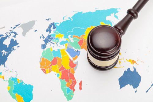 Le molteplici cause che portano all'estinzione di un trattato internazionale