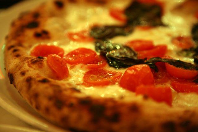 Legami di pizza fa tappa a Napoli