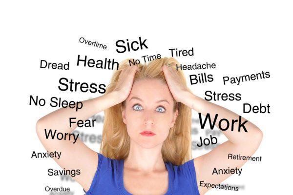 Lo stress da lavoro correlato accorcia la vita delle donne