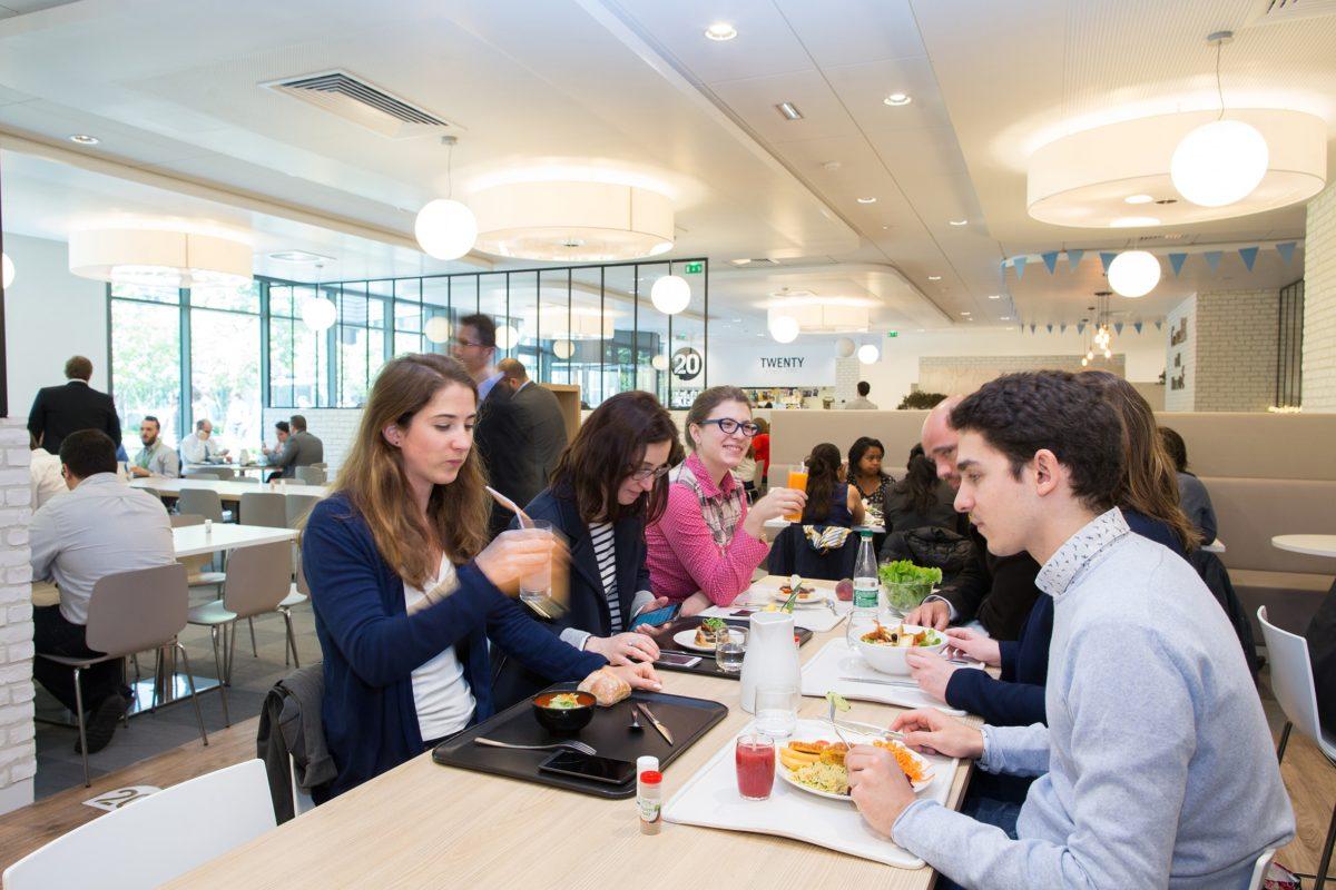 Lotta all'obesità: la dieta mediterranea entra nei ristoranti aziendali
