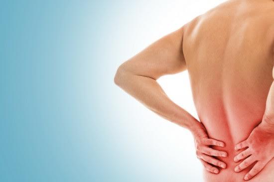 Mal di schiena: nove rimedi per alleviarlo