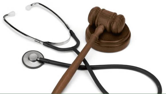 Medicina difensiva: la nuova legge fa passi avanti