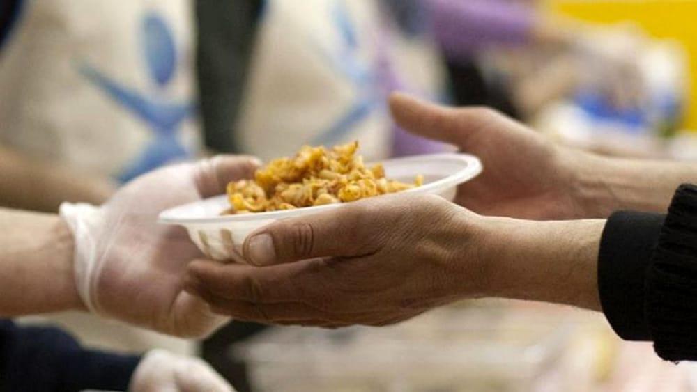 Metà della popolazione italiana costretta a ricorrere agli aiuti alimentari